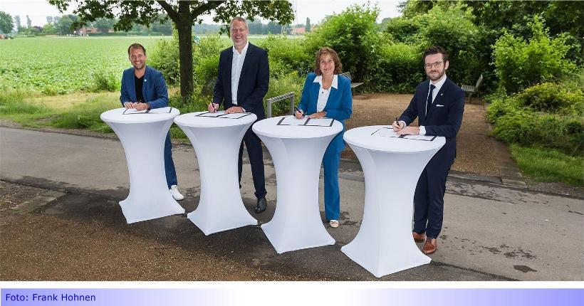 """S28 • Teil XXXIII: Hauptverwaltungsbeamte unterzeichnen """"Gemeinsame Erklärung"""" zum SPNV in der Region"""