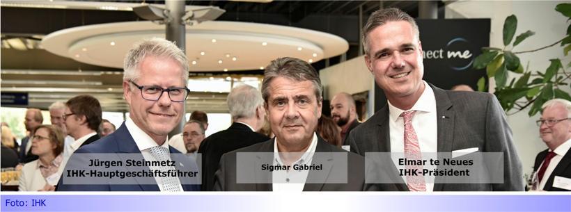 Kohleausstieg: IHK-Hauptgeschäftsführer übergibt Studie zum Handlungsbedarf an Sigmar Gabriel
