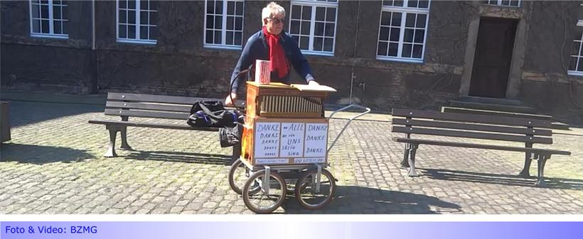 """""""Rudolf mit der Orgel"""" machte Station im Rathaus Abtei • Leider nur der Pförtner konnte genießen"""