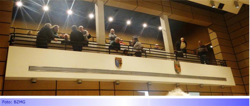 """EUROPAPLATZ • Diskussion im Rat verstärkt Misstrauen gegen """"Verwaltungshandeln"""" • Viele Entscheidungsaspekte für Grundstücksverkauf vollkommen unklar • Läuft es auf ein Bürgerbegehren oder gar ein Normenkontrollverfahren hinaus?"""